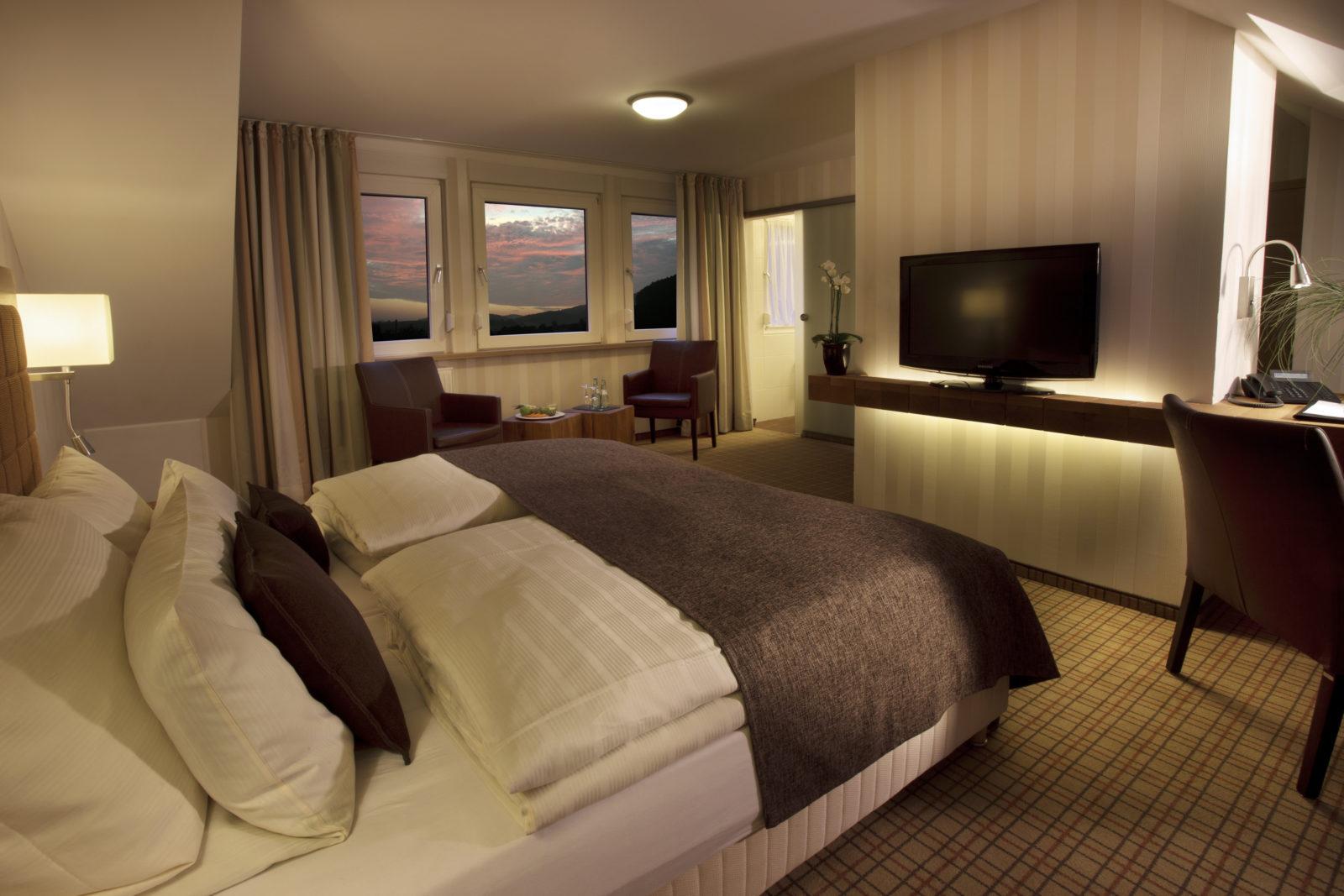 Komfortables Zimmer mit Doppelbett